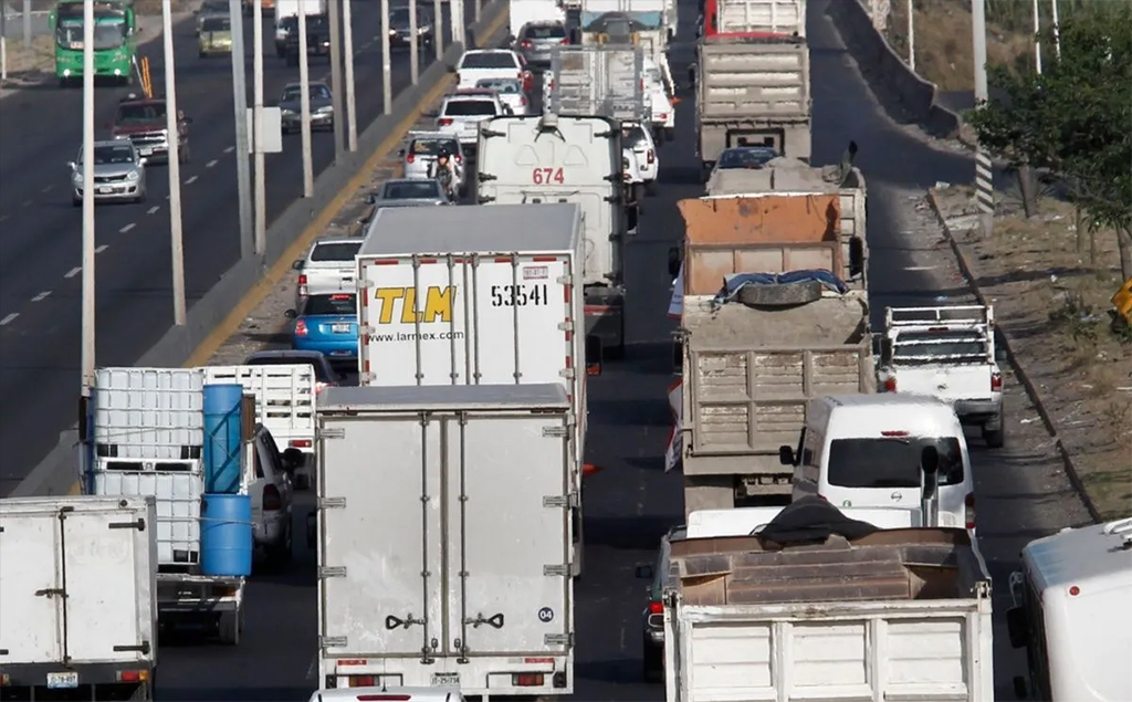 Buscan evitar cobro de circulación en Guadalajara