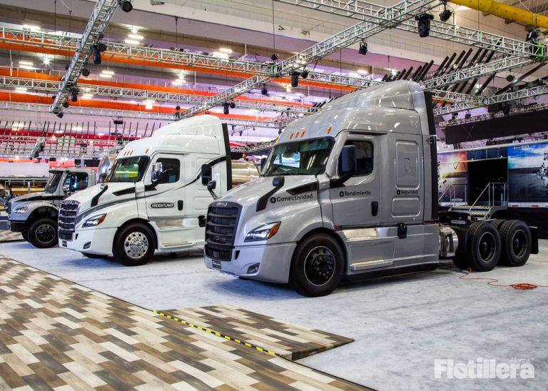 Daimler México cierra plantas