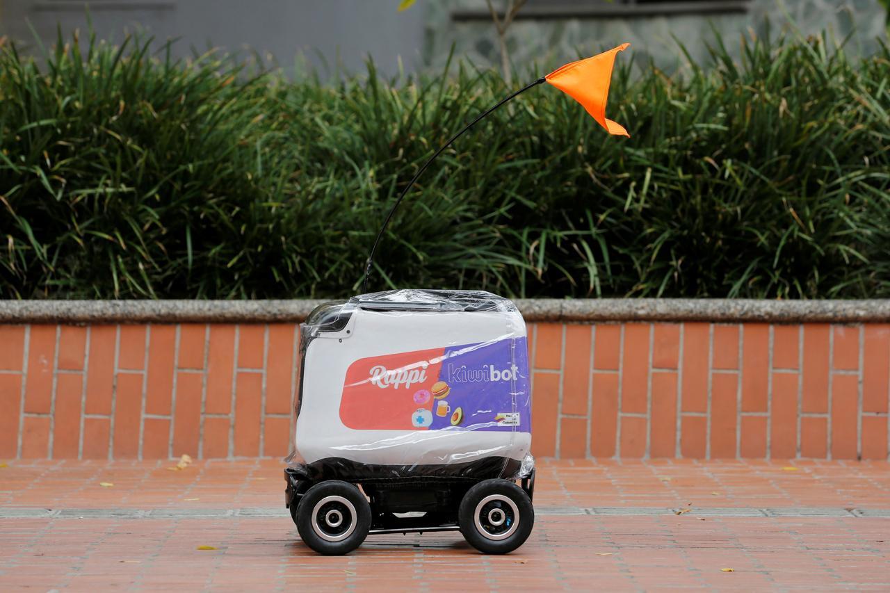 Kiwibots hacen entregas de Rappi