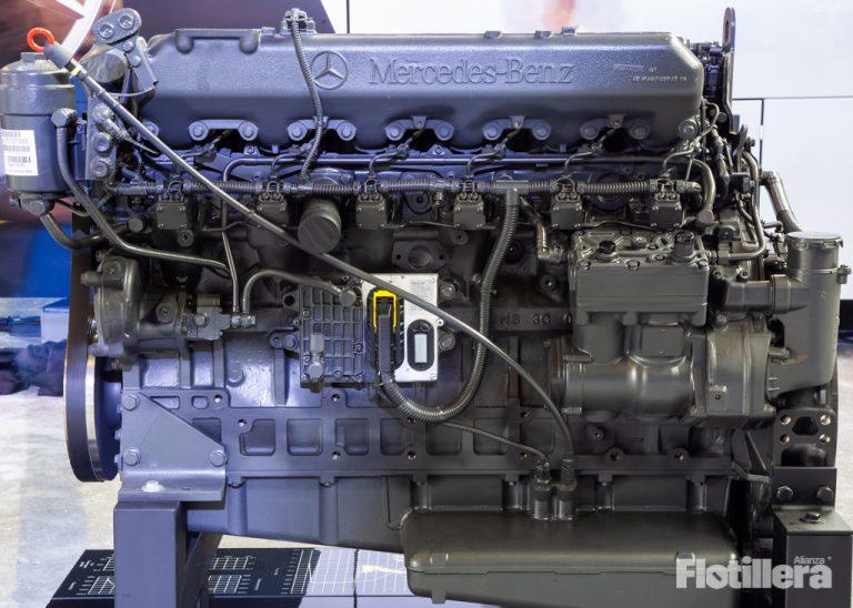 Mercedes Benz es reconocida por la STPS