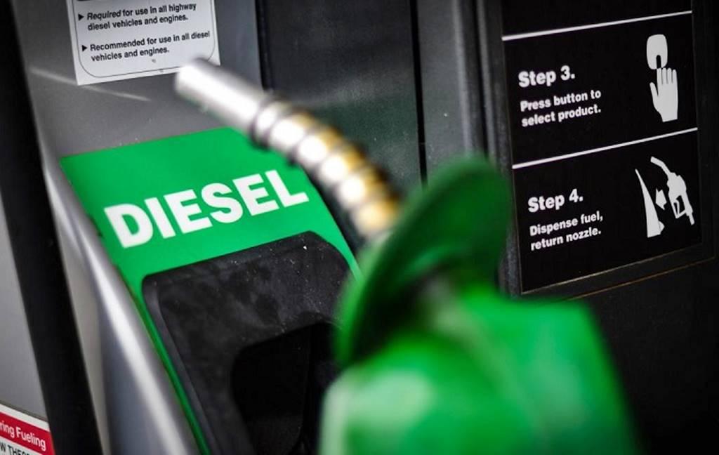 Baja diesel en abril