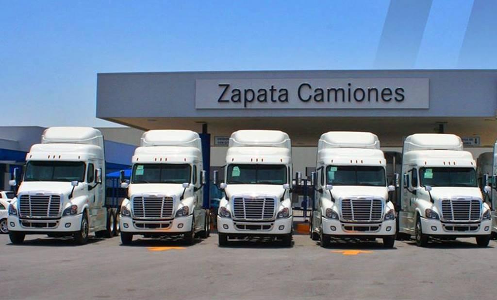 Zapata Camiones Monterrey da curso
