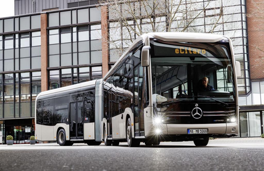 ecitaro G el articulado eléctrico de mercedes Benz