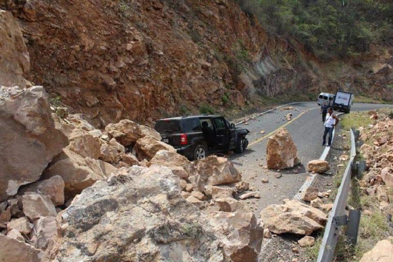 sismo en Oaxaca afecta tramos carreteros