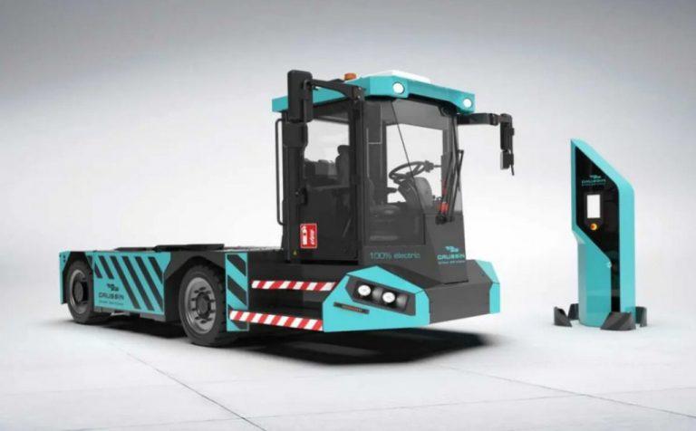 Gaussin vendió 150 de sus cabezas tractoras ATM Full Elec, ideales para almacenes.