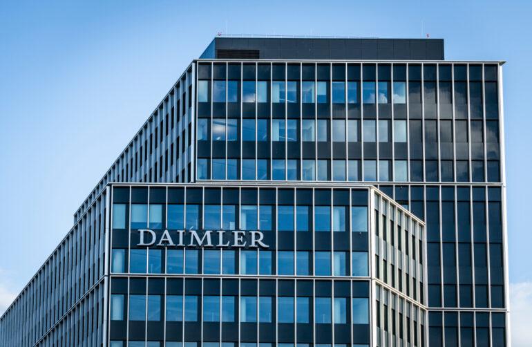 La división de Daimler Trucks & Buses fue la que cayó