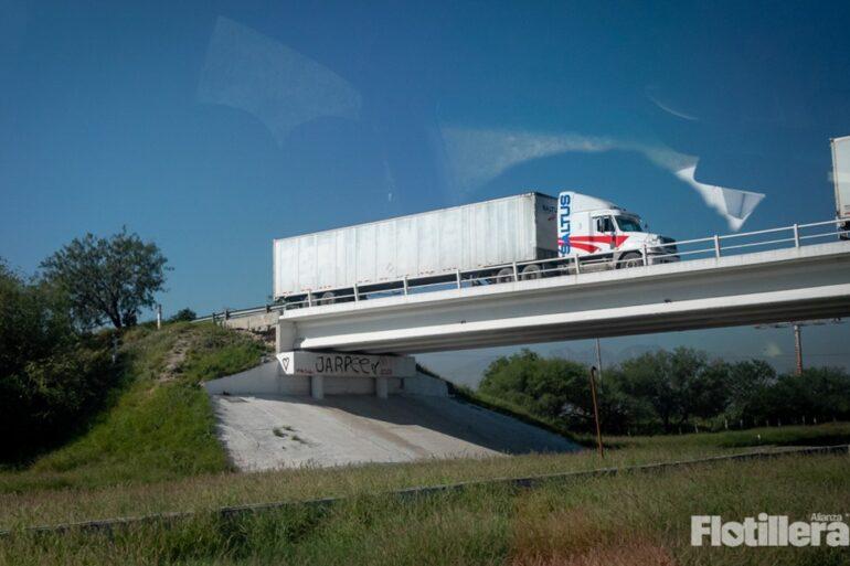 autotransporte de carga