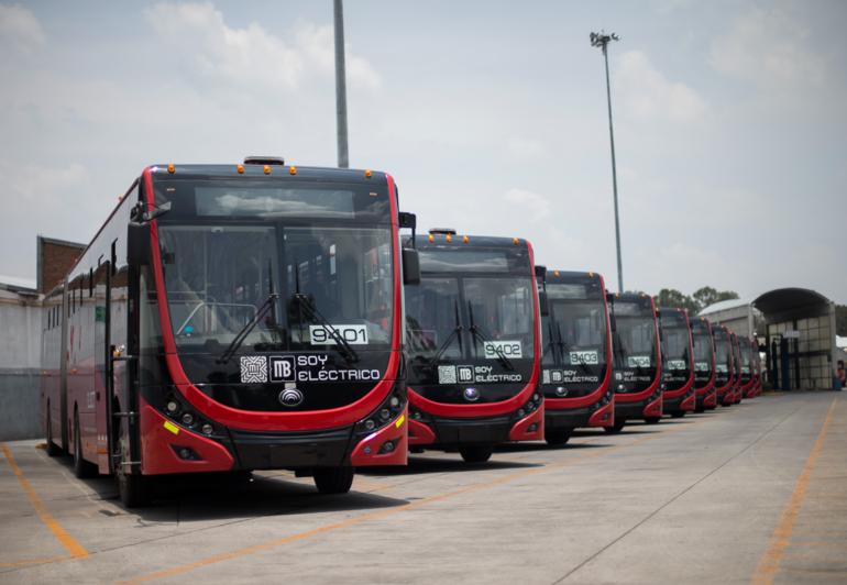 VEMO y MOBILITY ADO Metrobús eléctrico
