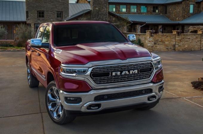 RAM 1500, la mejor pickup familiar del año