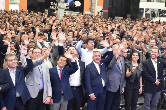 Daimler Planta Saltillo celebra 10 años de éxito