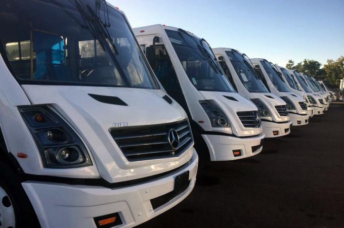 Mercedes Benz Autobuses entrega 100 unidades en Sinaloa