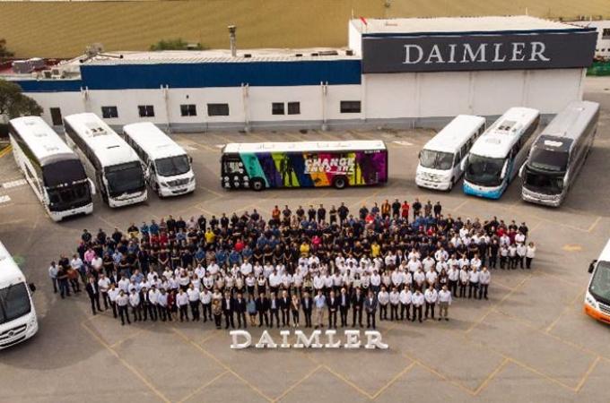 Mercedes Benz Autobuses, certificada como Industria Limpia
